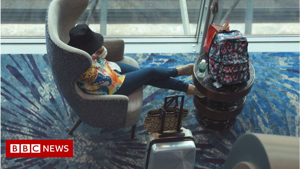 , Singapore Covid: Airline websites crash as borders set to open, The Evepost BBC News