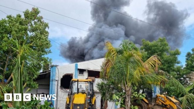 Eighteen dead in India chemical plant fire #world #BBC_News