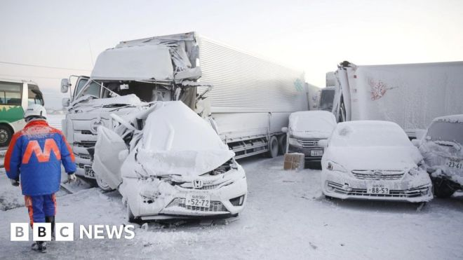 Japan: One dead as snowstorm causes 130-car pile-up #world #BBC_News