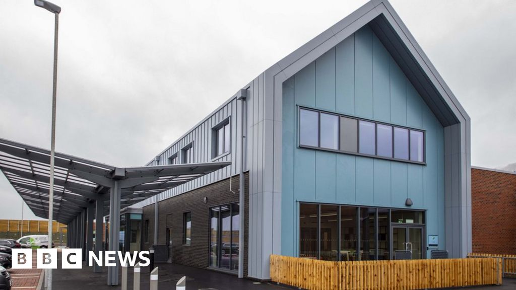 Polden Bower School: New £23m project set to open thumbnail