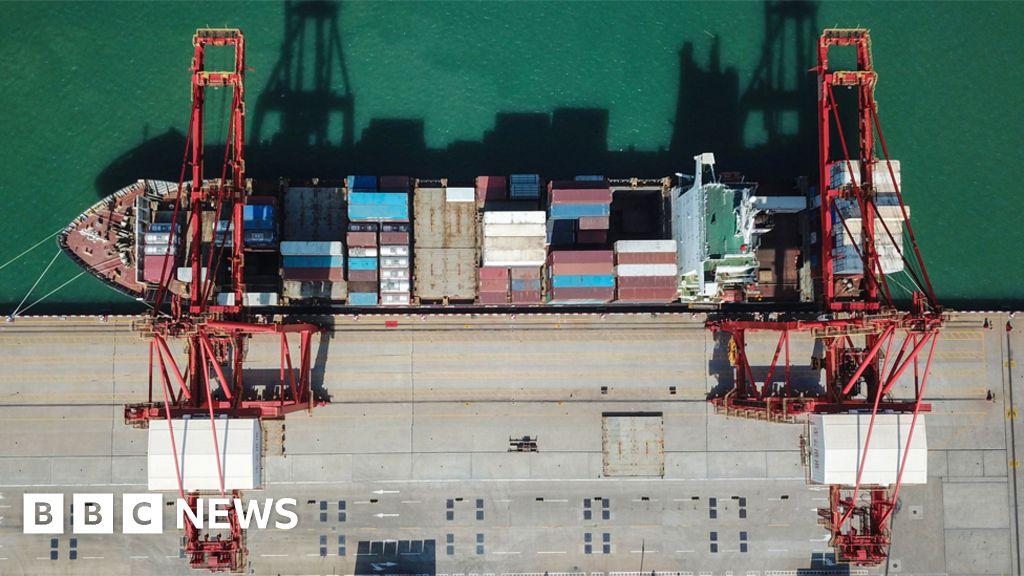 News Daily: US-China trade war escalates. and English football makes European history - BBC News