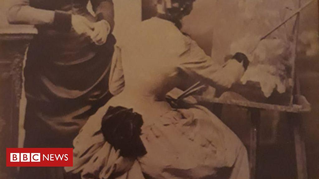 A pintora premiada quando as mulheres eram proibidas na Escola de Belas Artes no Brasil