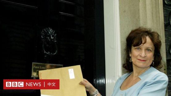 新疆维吾尔族的人权:BBC采访英国女王在中国制裁名单上的顾问肯尼迪男爵夫人-BBC新闻