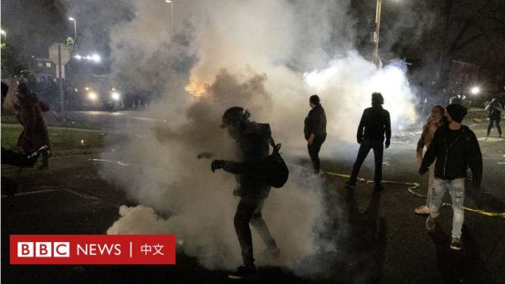 非裔美国人在明尼苏达州被警察枪杀,种族冲突再次爆发-BBC新闻