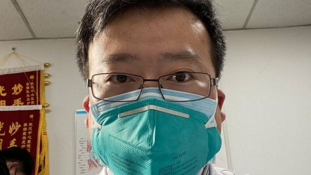 Li Wenliang: Coronavirus kills Chinese whistleblower doctor - BBC News