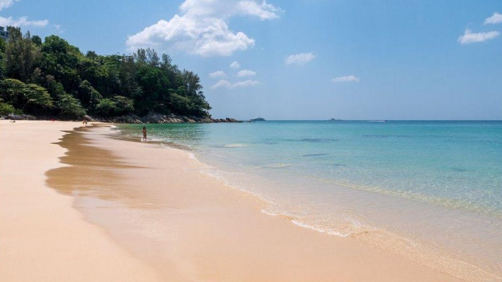 Coronavirus: Tourism in Thailand hit by Covid-19 - BBC News