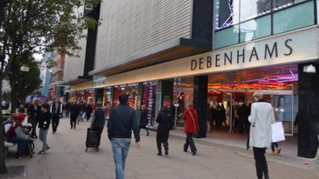 Man dies in Debenhams escalator fall on Oxford Street - BBC News
