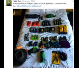 Hope Solo compartió una foto de los repelentes para viajar a Brasil.