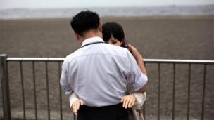 Priapria Jepang yang menikah dengan boneka silikon  BBC News Indonesia