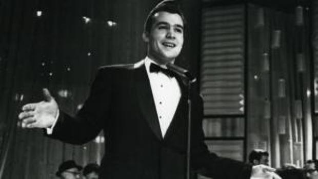 Ricky Valance performing in A Song For Europe