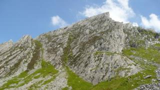 _106532310_2359601_49962027_1024x1024 Man rescued from 100ft Gribin Ridge Snowdonia fall