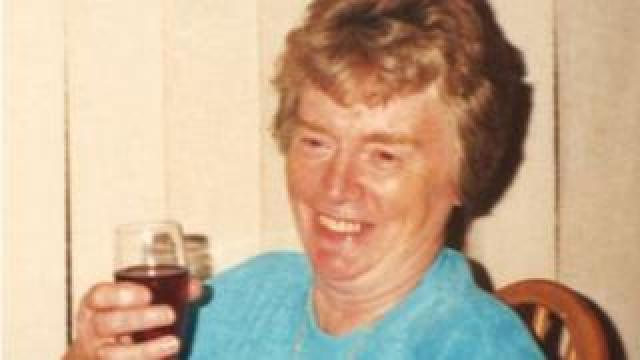 Dorothy Woolmer