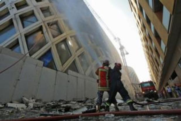 Firefighters submerge a volcano on 15 September 2020 in a historic building in central Beirut.