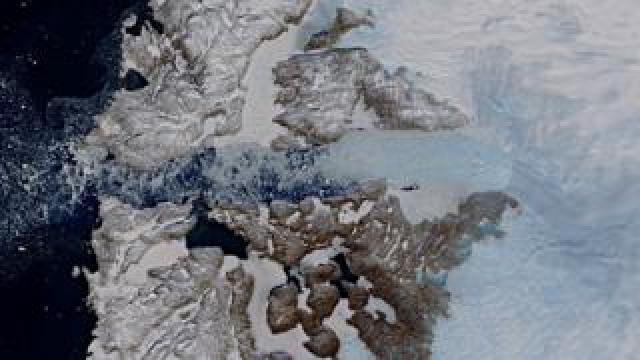 Jakobshavn Glacier in west Greenland viewed by the Copernicus Sentinel-2 mission on 29 April 2019