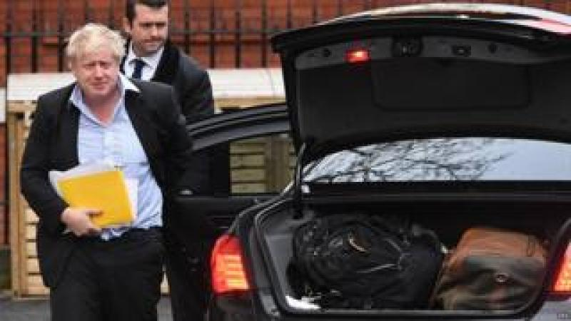 Boris Johnson arriving back at his London residence after a trip to south-east Asia