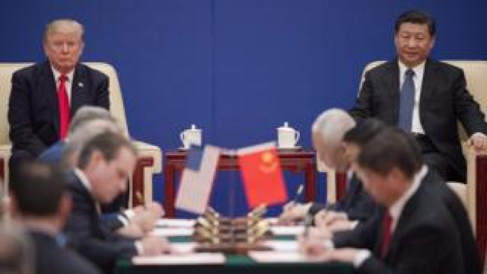 الرئيس الأمريكي دونالد ترامب والرئيس الصين شي جين بينغ
