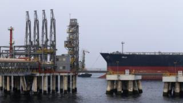 Image shows the dock for super tankers at the oil terminal of the emirate of Fujairah in the UAE