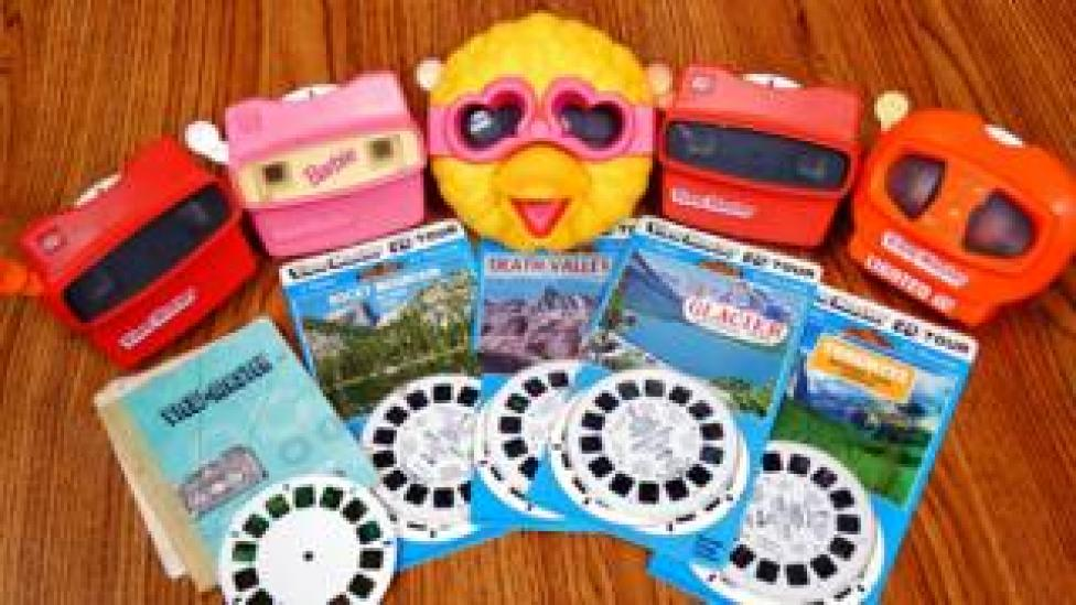 (A small selection of) ViewMaster stereoscopic viewers and slides