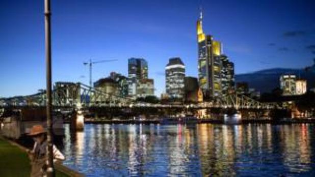 Skyline of Frankfurt and the financial district (October 5, 2016)