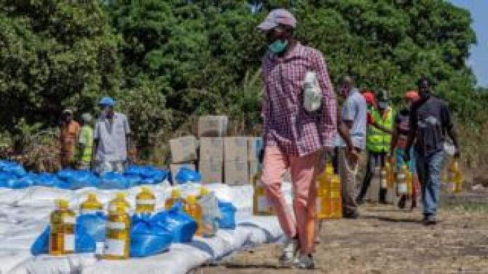 WFP food aid for distribution in Mozambique (file pic)