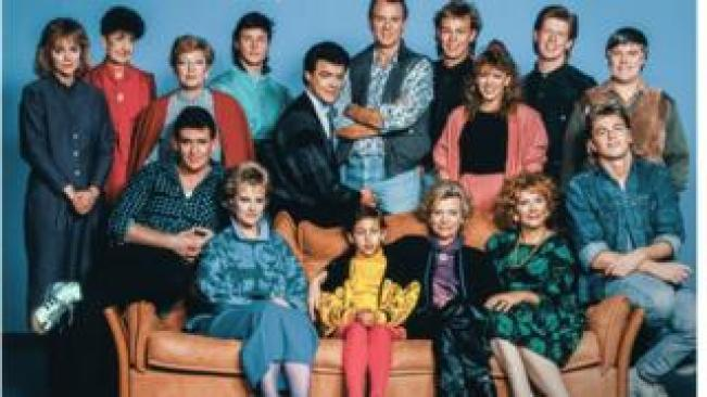Neighbours characters