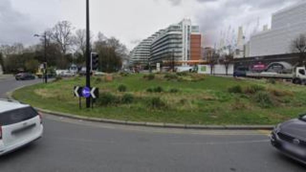 Rotonda de la reina del circo, Battersea