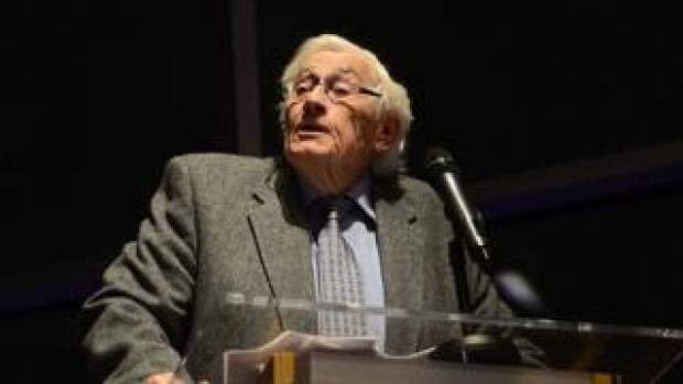 Seamus Mallon speaking at a book launch in 2018