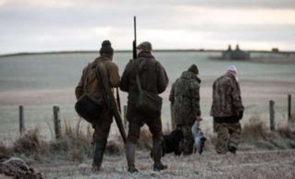 sport hunters going home