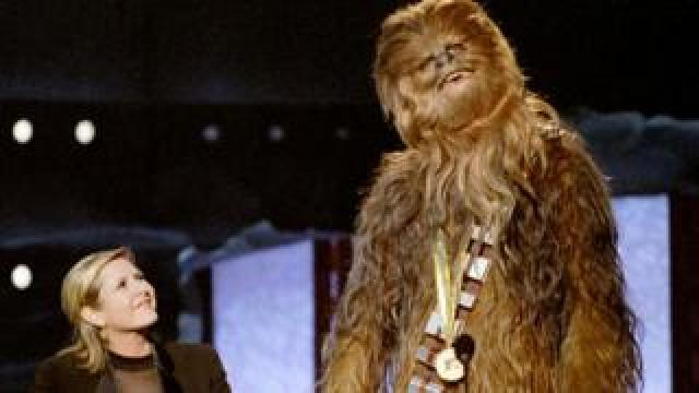 Carrie Fisher and Peter Mayhew