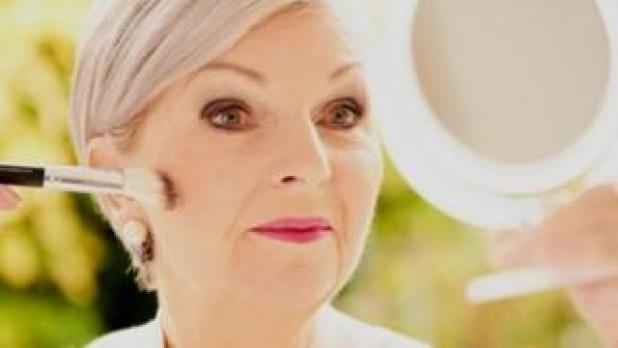 تريشيا كاسدن أسست شركتها الخاصة لإنتاج مستحضرات التجميل حين كانت في الستينات من عمرها