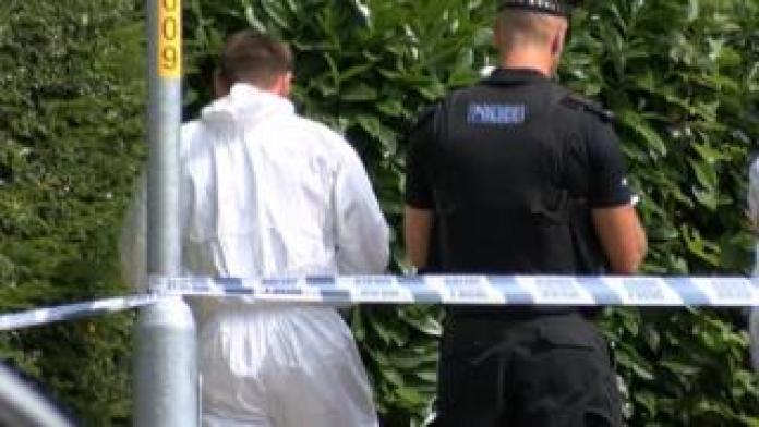 La police sur les lieux à Sherwood Road, Tunbridge Wells
