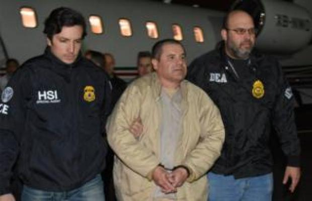 Joaquín Guzmán escorted by police at Long Island MacArthur airport in New York - 19 January