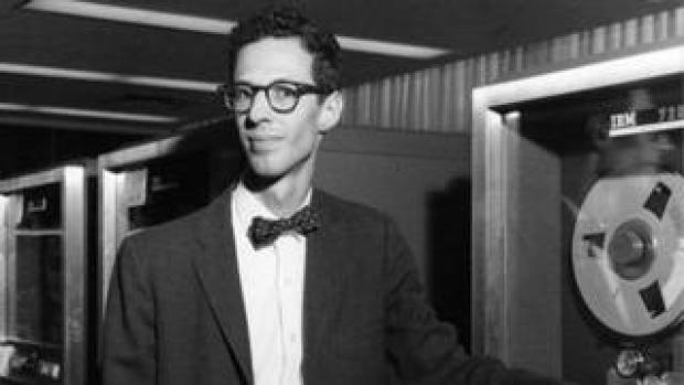 Dr Fernando Corbato