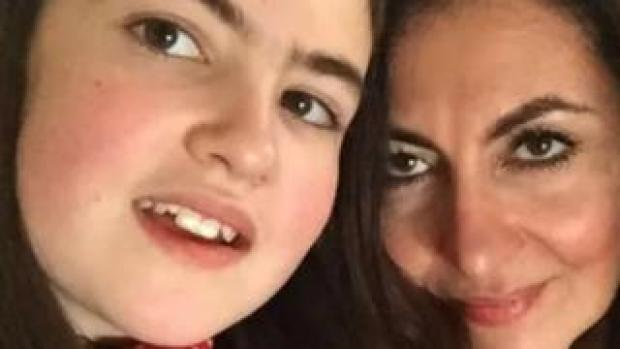 Laleh Shahravesh with daughter