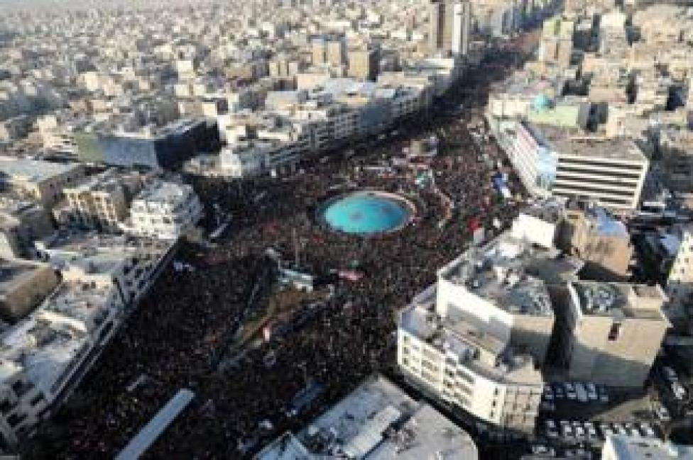trump A drone photo shows thousands of Iranians attending the funeral ceremony of General Qasem Soleimani