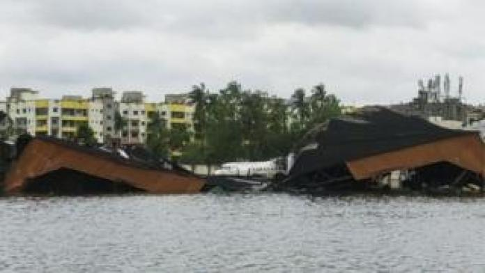 Hurricane Amfan is wreaking havoc in parts of India and Bangladesh ...