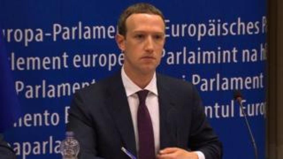 Madaxa shirkadda Facebook Mark Zuckerberg