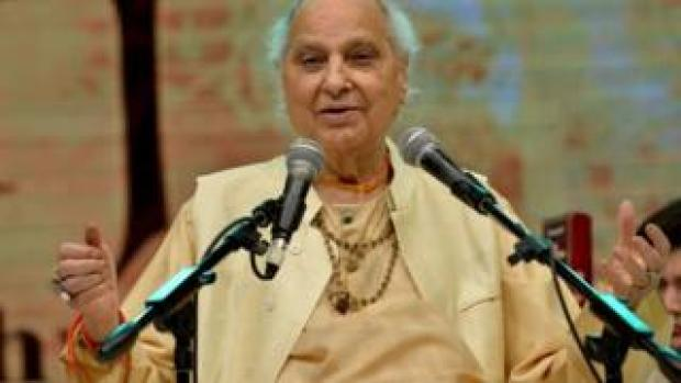 Pandit Jasraj on stage