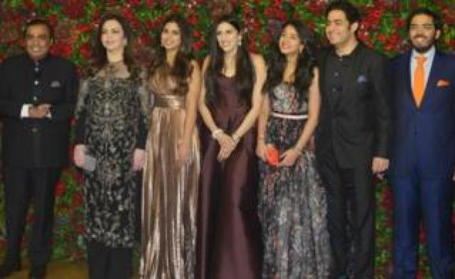 Mukesh Ambani, Nita Ambani, Isha Ambani, Anant Ambani and Akash Ambani at Ranveer Singh and Deepika Padukone's reception in Mumbai.