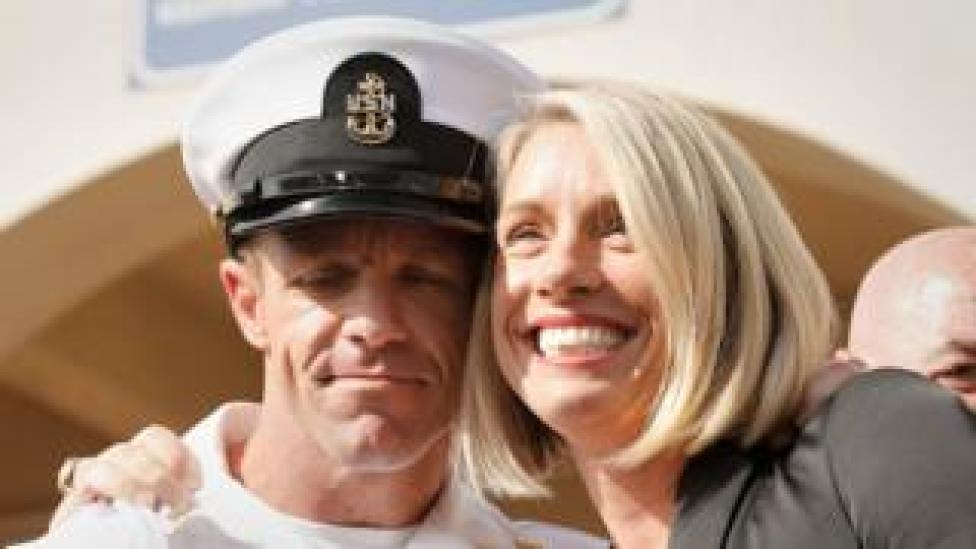 trump US Navy Seal Edward Gallagher, shown with his wife, smiling