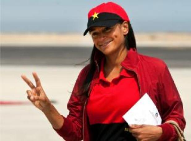 A file photo dated 27 August 2012 shows Isabel dos Santos posing and making the V sign in Lobito, Angola, 29 January 2013.