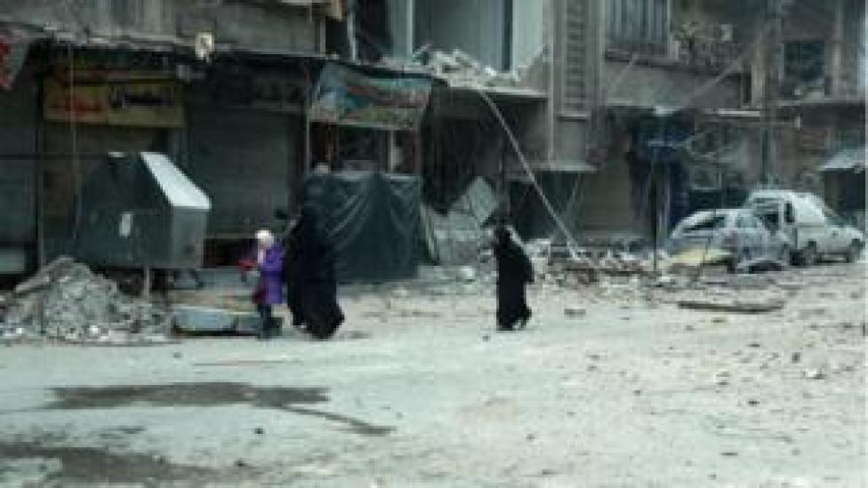 Magaalada Douma waxaa wali ka sii socda duqaynta