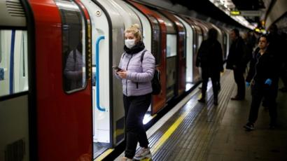 Coronavirus: 40 London Underground stations to be closed - BBC News