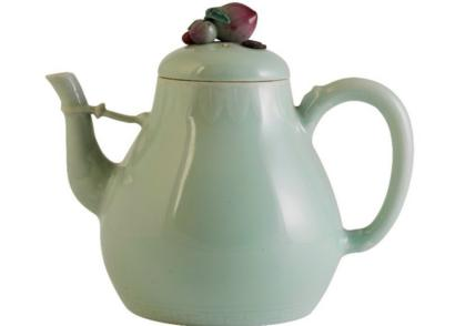 乾隆年制的茶壶