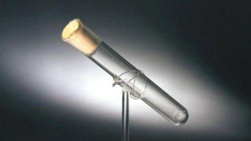Thomas Edison'un son nefesini içeren tüp