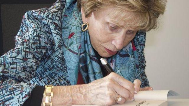 "Livro de Edith saiu sob o título ""A Bailarina de Auschwitz"""