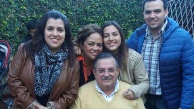 El doctor Díez, rodeado de su familia.