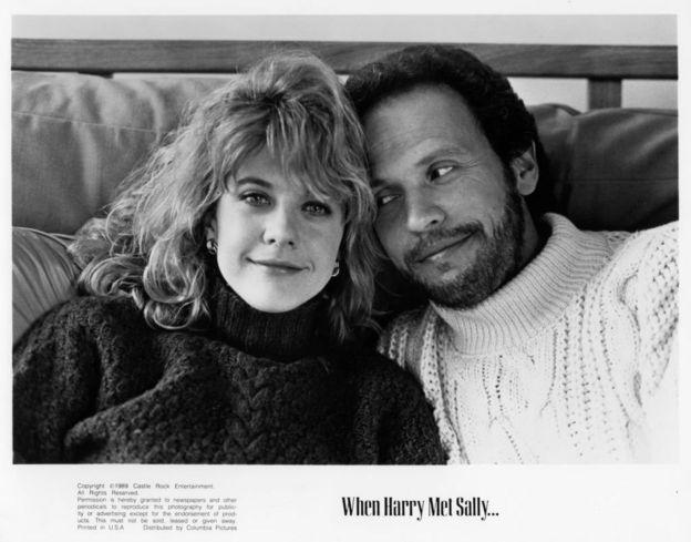 """ميغ رايان وبيلي كريستال في صورة لفيلمهما """"When Harry Met Sally"""" عام 1989"""