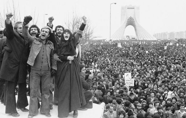 19 January 1979: More than a million supporters of an Islamic republic assembled around Shayad (Shah Memorial) monument in Tehran, Iran