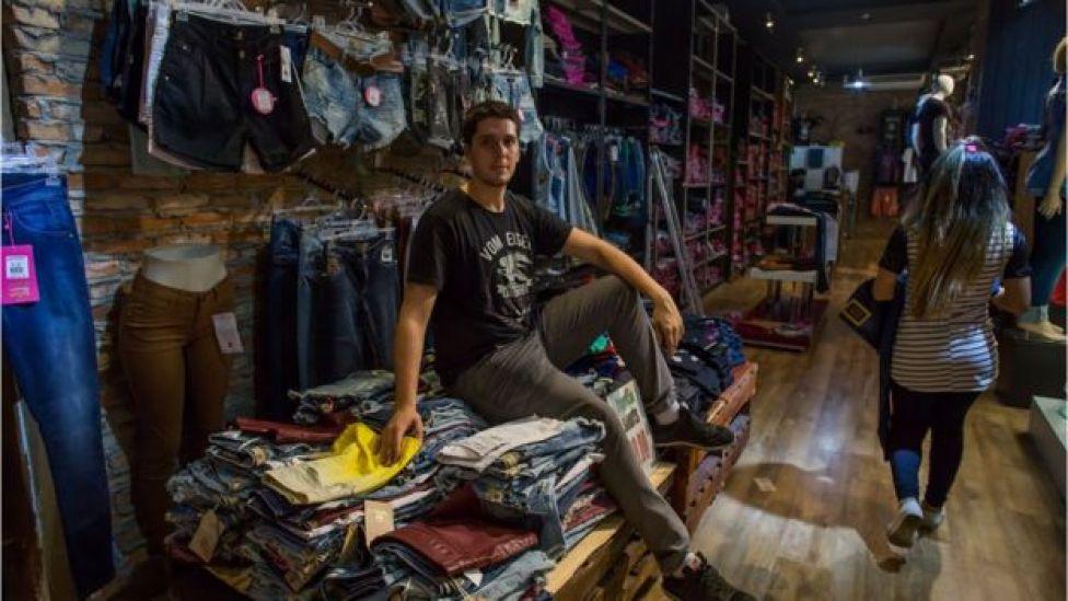 Lauro Pimenta teve que demitir funcionárias antigas de sua loja